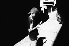 GUN (Florence Bonnin) Tags: florencebonnin shadow noiretblanc individus street child fuji blackandwhite streetphotography lumière dark young bw