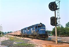 CR 3295                       6-95 (C E Turley) Tags: trains railroads railways roadrailer conrail cr