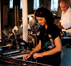 L'Orchestre Mécanicien - Krassum (3 van 20) (Maarten Kerkhof) Tags: fujifilmxe2 krassum lorchestremécancien liveonstage martawarelis zomerjazzfietstour2019 xe2