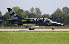 ES-YLI (Mathias Düber) Tags: breitling breitlingfrance breitlingjetteam jet aviation l39 fly airshow2019 display aviationlovers pilot fighterjet