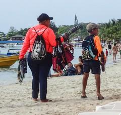 Roatan-WestBayBeach-Selling2 (lelizard) Tags: cruise ncl breakaway westerncaribbean roatan honduras beach port vendor sell