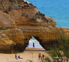 Praia de Portimão (Algarve, Portugal) (Placido De Cervo) Tags: algarve portugal portimao praia spiaggia beach estate vacanze summer sea mare grotte portogallo