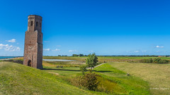 Plompetoren - Koudekerke (Peter Jaspers) Tags: frompeterj© 2019 olympus zuiko omd em10 1240mm28 zeeland schouwenduiveland plompetoren landscape oosterschelde natuurmonumenten tower church 1468 rijksmonument 169 widescreen koudekerke fietstocht bikingtour routenl