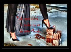Todo será ruina... (VincentToletanus) Tags: urbex urbexmodel model modelo malefica maleficent retrato fantasia fantasi