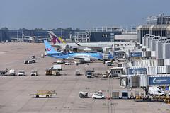 [13:58] MAN: Terminal 2 (A380spotter) Tags: gfdzt sxaby two man mag terminal2 ringway egcc multistoreycarpark mscp manchesterinternational manchesterairportsgroup 200 airbus boeing 800 737 oly turnaround a321 gmara mantfs 800wl olympusairways by2106 apb retrofit aviationpartnersboeing splitscimitarwinglets manhrg by0450 tui operatedby tuiairwayslimited by tom extra qr 900 qatar qatarairways qtr القطرية a350 xtrawidebody a7all a350xwb™ qr7jj qr0028 mandoh
