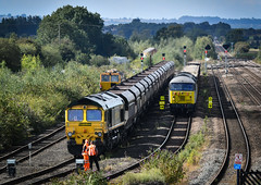 Busy Barnetby; 66566, 56091 and 56103 (robmcrorie) Tags: 6z35 willesden scunthorpe roxby gullet dcr class 56 56091 56103 barnetby nikon d850 66566 freightliner 66