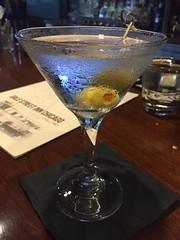 Hendrick's Gin Martini - Gale Street Inn - Chicago (Mark 2400) Tags: hendricks gin martini gale street inn chicago