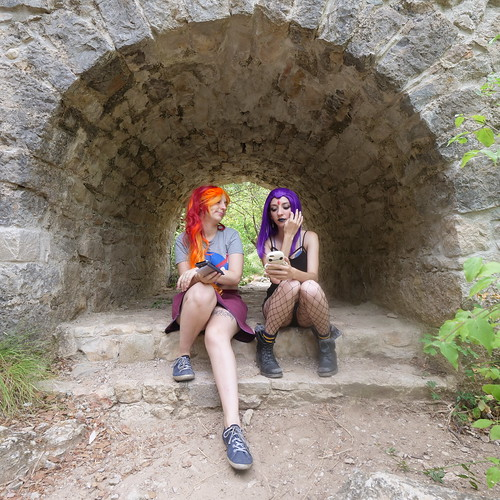 Shooting Starfire & Raven - Teen Titans - Gorges du Caramy -2019-08-20- P1833417