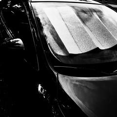 Je voudrais dormir encore un peu... (woltarise) Tags: soleil montréal voiture protection reflets streetwise rosemontpetitepatrie iphone7
