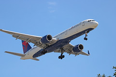Delta B757-251 (N538US) - LAX (jebzphoto) Tags: airlines airline airliner airliners airplane airplanes aviation aircraft plane planes planespotting flight los angeles international airport airports klax lax commercial delta boeing 757