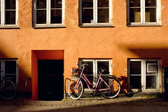 (Natalia K.) Tags: nataliaklimovaphotography fujifilmx100f fujix100f copenhagen city town street
