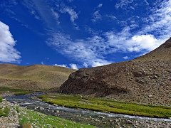 The rhythm of the nature !! (Lopamudra !) Tags: lopamudra lopamudrabarman lopa landscape ladakh india himalaya himalayas highaltitude highland river brook clouds cloud sky skyscape nature mountain mountains valley vale vista beauty beautiful philosophy picturesque water waterscape