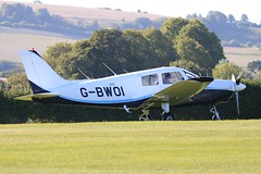 G-BWOI ~ 2019-09-01 @ Old-Sarum (1) (www.EGBE.info) Tags: gbwoi oldsarumairfield egls aircraftpix planespotting generalaviation aircraftpictures airplanephotos airplane airplanepictures cvtwings aviation wwwegbeinfo davelenton 01092019 pa28161 pipercadet parachutingaircraftltd