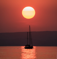 R_DSC_6636 (ViharVonal) Tags: nikon tamron photography photo siofok hungary balaton lake sunset sun boat naplemente colours naturelovers