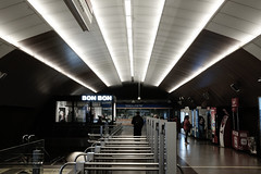 Great ceiling design (Black-Brick) Tags: santiago chile metro station subway design architecture building lighting shadow rcp entry interior explore urban ceiling linear