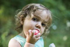 snack (eb78) Tags: mn minnesota tenmilelake baby toddler zoe portrait explore tml2018