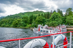 "Near Tarbet, Cruising Boats on Loch Lomond. (Scotland by NJC.) Tags: lakes lochs reservoirs waters meres tarns ponds pool lagoon lago 湖 jezero sø meer järvi lac see λίμνη 호수 innsjø jezioro озеро boat barge ""cabin cruiser"" ""canal boat"" canoe ""fishing مَرْكَب barco 小船 brod loď båd boot vene bateau βάρκα nave ボート mountains hills highlands peaks fells massif pinnacle ben munro heights جَبَلٌ montanha 山 planina hora bjerg berg montaña vuori montagne tarbet lochlomond scotland"
