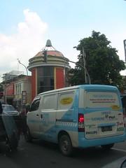 Street scene in Surakarta, Indonesia (philip.mallis) Tags: indonesia solo surakarta street traffic city