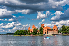Water Castle (*Capture the Moment*) Tags: 2019 architecture architektur balticstates baltikum castle city fahrzeugeverkehr fotowalk houses häuser juli july sonya6300 sonyilce6300 stadt strassen street streetlife trokai wasserschloss