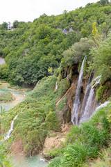Wasserfall Veliki Slap und die Unteren Seen im Nationalpark Plitvicer Seen, Kroatien