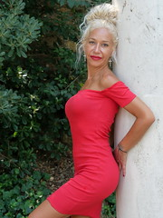 Tere-53 (@Nitideces) Tags: elegancia elegance moda fashion glamour belleza beauty beautiful cute sexy retrato portrait chica girl mujer woman modelo model sensual gente people guapa nicegirl nitideces nitidecesdemiguelemele milf