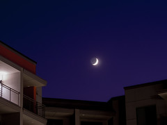 New(ish) crescent moon (03) (Thomas Cizauskas) Tags: moon crescent newmoon sky night nightsky astronomy summer georgia twilight dusk bluehour longexposure