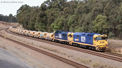 IMG_7388 8129 8146 Pothana 5M33 3.9.19_1 (Brians Railway, Bus and Shipping Collection) Tags: 8129 8146 ballast pn pacificnational gm 81class pothana nsw australia train railway railroad wagons