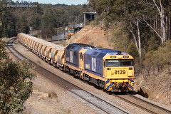 IMG_7367 8129 8146 Greta 5M33 3.9.19_1 (Brians Railway, Bus and Shipping Collection) Tags: 8129 8146 ballast pn pacificnational gm 81class greta nsw australia train railway railroad wagons