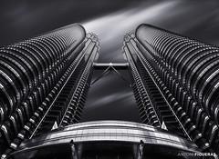 Petronas Towers, B&W (Antoni Figueras) Tags: malaysia kualalumpur petronas towers skyscraper fineart blackwhite blackandwhite bw asia touristicplace dramaticsky sonya7riii sony1635f4 antonifigueras