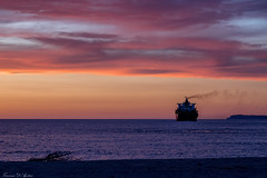 Wonderful clouds (Francesca D'Agostino) Tags: nuvole clouds tramonto sunset nave ship mare sea colori colors