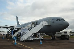 ZZ338 (IndiaEcho) Tags: england canon eos airport force aircraft aviation military air transport royal aeroplane gloucestershire base airfield airbase ffd fairford show tattoo international 19 riat 2019 1000d airbus voyager a330 kc3 mrtt zz338