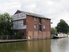 Canal basin Ellesmere (Maycot2) Tags: canalbasin ellesmere shropshire narrowboat warehouse redbrick