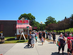 P8180883 (photos-by-sherm) Tags: des moines iowa state fair exhibitions exhibits entertainment shows animals people food snacks summer