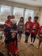 2019_SEM_Midwest Seminar 32 (TAPSOrg) Tags: taps tragedyassistanceprogramforsurvivors seminar midwestregionalseminar cleveland ohio 2019 military goodgriefcamp ggc indoor vertical redshirt candid woman boy kid child hug