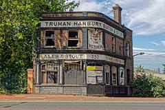 Desolate (Croydon Clicker) Tags: desolate deserted ruin pub inn closed shut overgrown woolwich charlton greenwich tree sky cloud road street london nikon sigma