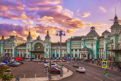 _MG_0971_ (Mikhail Lukyanov) Tags: russia moscow city square station building street traffic cars pedestrians evening sunset sky clouds pink purple lightgreen