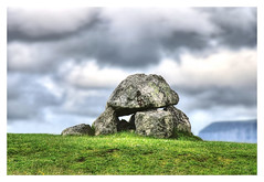 Carrowmore IR - Carrowmore Megalithic Cemetery 02 (Daniel Mennerich) Tags: ireland megalithic cemetery hdr hdri sligo carrowmore carrowmoremegalithiccemetery slr canon eos dslr spiegelreflexkamera irland eire irlanda irlande éire ирландия