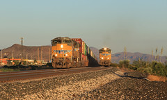 Morning Run (GLC 392) Tags: up union pacific emd sd70ace sd70ah lordsburg nm new mexico railroad railway 8444 8933 morning mountains train mwcew ilxdib over taken racing head 8339 7416 gevo ac45ccte ge