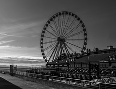 Waterfront Ferris Wheel (brentus69) Tags: seattle washington usa america unitedstatesofamerica ferriswheel waterfront bw monochrome blackandwhite sony a6500 sonya6500