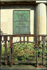 Grab der Familie Grawert (Martin_Feller) Tags: grab friedhof berlin ruhestätte tod rip ruheinfrieden wilmersdorf familiengrab friedhofwilmersdorf grawert