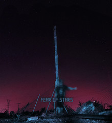 FEAR OF STARS (PeachySick11) Tags: stars night sky fence blurred electricity pole countryside outskirts noche estrellas universe universo dark obscure anxiety afueras isolated depresive depresivo depressed depresion edgy