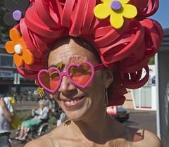 Dansinstructrice Stichting Dans aan de Vliet (Mary Berkhout) Tags: maryberkhout cultureelzomerfestival winkelcentrum dejulianabaan danseres stichtingdansaandevliet voorburg portret