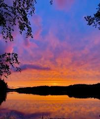 One night in Vuoriniemi (Zunkkis) Tags: sunset finland landscape natue auringonlasku punkaharju vuoriniemi sunsetsandsunrisesgold