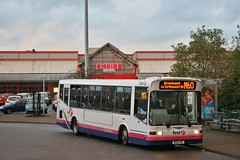 First Glasgow RG51 FXE (41408) | Route M60 | Coldstream Rd Turning Circle, W. Dunbartonshire (Strathclyder 2.0) Tags: first glasgow firstglasgow dennis dart slf marshall capital rg51 fxe rg51fxe 41408 clydebank coldstream road west dunbartonshire scotland willowleaflivery scotstoun firstlondon firstcentrewest dml408 dml41408 809 dye 809dye