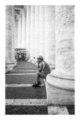 (L'enfer, c'est les autres) Tags: 35mm leica m2 blackandwhite streetphotography adox silvermax 100 vatican city rome italy prayer