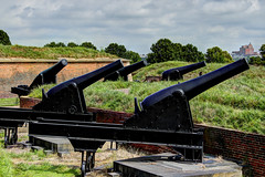 US MD Baltimore - Fort McHenry National Monument (David Pirmann) Tags: maryland baltimore fortmchenry warof1812 francisscottkey nationalregisterofhistoricplaces nationalpark nrhp66000907 cannon