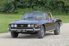 Triumph Stag (1972) (Roger Wasley) Tags: triumph stag 1972 mwt3k toddington classic car vehicle gloucestershire