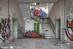 (kuronadargarth) Tags: urbex ruins hospital mental asylum abandoned derelict poveglia venice laguna island haunted ghosts paranormal supernatural stairs staircase graffiti