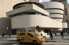 Solomon R. #Guggenheim #Museum  #Manhattan , #NewYorkCity (Σταύρος) Tags: seum fifthavenue 5thavenue uppereastside exterior st street car auto yellowcab angle design architecture franklloydwright newyorkcity guggenheim museum manhattan newyork ny nyc bigapple thebigapple sculpture art iminyuziyamu amgueddfa museo музей museu 박물관 博物館 músaem halehōʻikeʻike μουσείο musée muzej թանգարան متحف