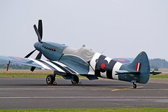F-AZJS   Supermarine Spitfire PR.XIX [6S/585110] Calais~F 13/08/2006 (raybarber2) Tags: 6s585110 airportdata cn6s585110 fazjs filed flickr frenchcivil lfac oldtimer planebase raybarber single warbird